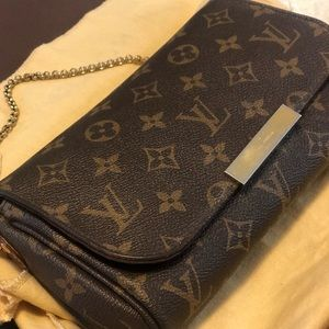 Louis Vuitton Favorite Authentic Hang bag